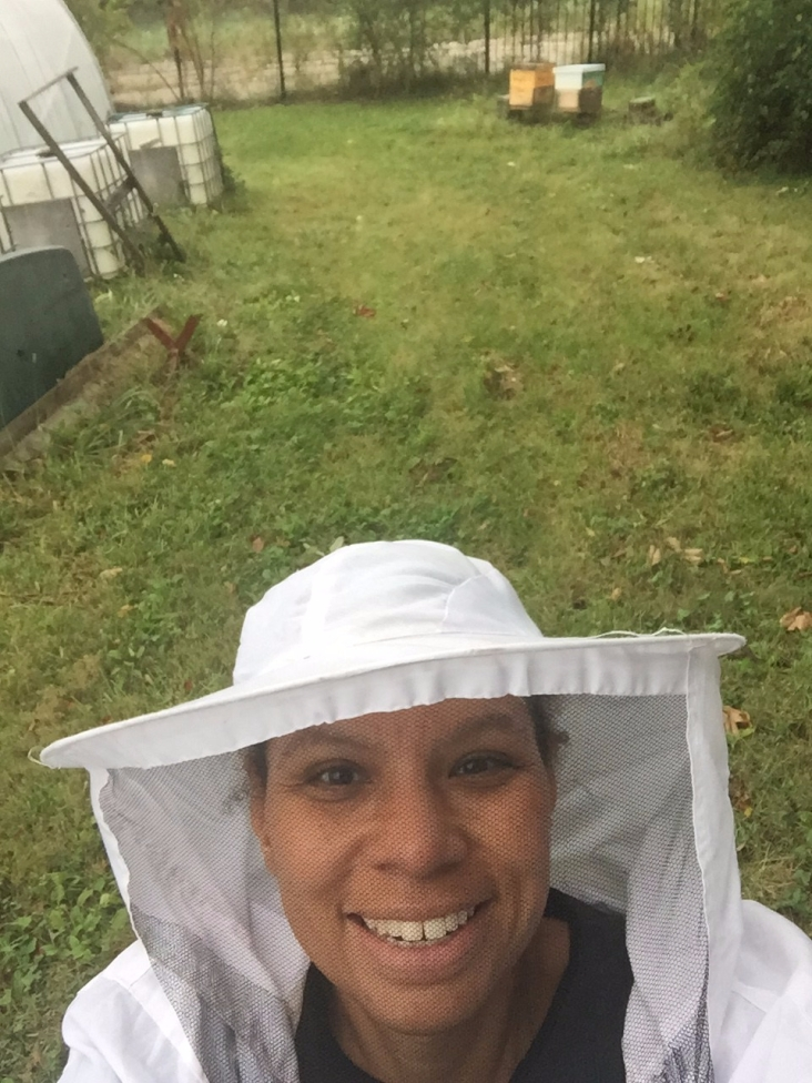Rainy Bee selfie